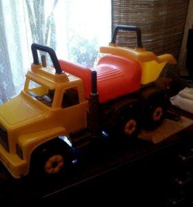 Каталка детская(грузовик)новая