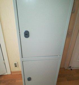 Шкаф металлический (сейф)