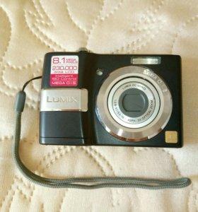Цифровой фотоаппарат Panasonic DMC-LS80