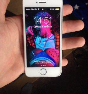 Срочно продам айфон 5s