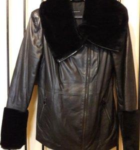 Женская кожаная куртка Vericci