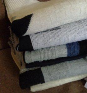 Джемпера, джинсы для мальчика