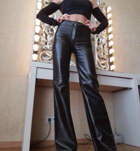 Кожаные брюки дизайнерские