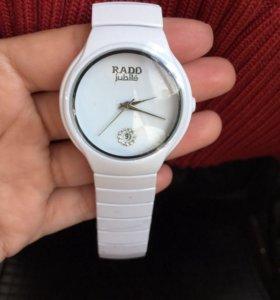 Часы фирменные Rado
