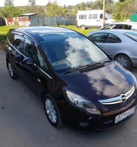 Opel Zafira Tourer 2.0 D 2012 г.в.