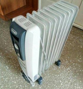 Масляный радиатор DeLonghi GS 771225