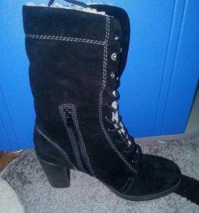 Зимние ботинки новые натуралка р.42