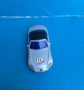 Гоночная машина(игрушечная)