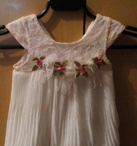 Платье на девочку 6-12 мес