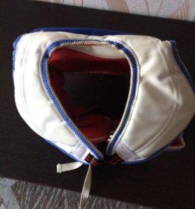 Жилет и защита для ног для занятий тхэквондо