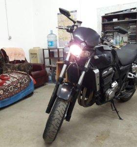 Продам Kawasaki ZRX 1100
