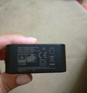 Адаптер . 1,5 A .Зарядное устройство универсальное