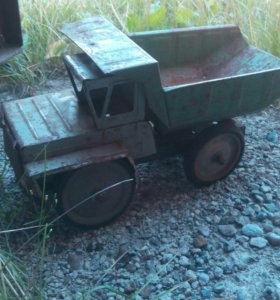 Машинка СССР,металл
