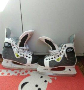 Коньки хоккейные GRAF 105 SUPER.р-р 35.состояние н