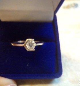 Серебряное кольцо р.17