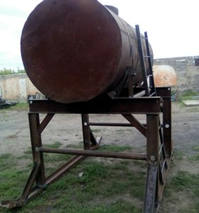 Емкость накопительный резервуар объем 3500лиьров