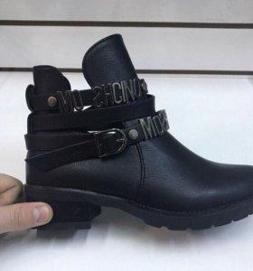 новые ботинки, туфли