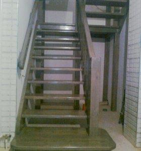 Лестницы из моссива дерева и бетона