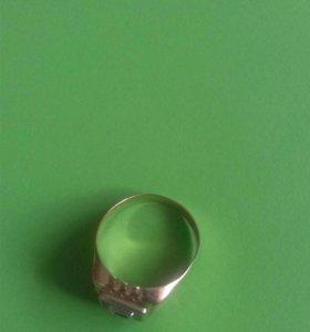 Перстень золото 585 торг срочно