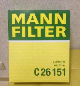 Воздушный фильтр на Audi a6c5