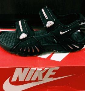 Nike спортивные сандали