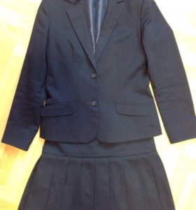 Продам костюм размер 44, рост 168 см, Прибалтика
