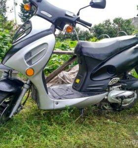 Скутер Venta