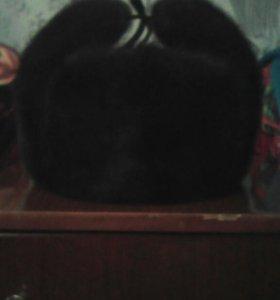 Продам шапку ленинградку в отличном состоянии.