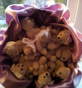 Букет из мягкой игрушки ( мишки)