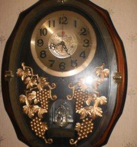 Часы настенные, картина