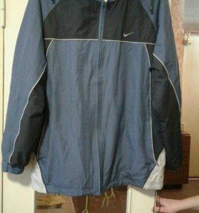 Куртка ветровка