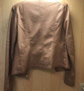 Куртка бежевая xs-s