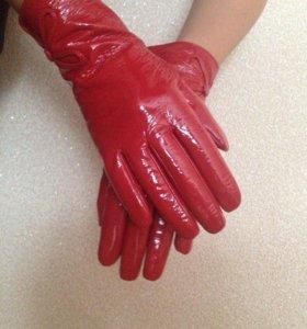 Перчатки натуральные лаковые