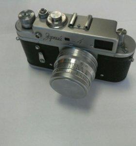 Старинный фотоаппарат СССР