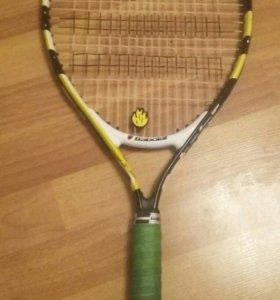 Теннисная ракетка  babolat.