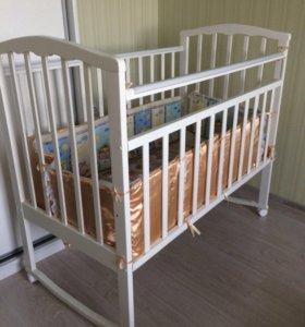 Кровать детская + матрац