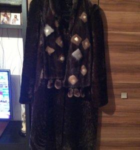 Шуба мутоновая шарф норковый