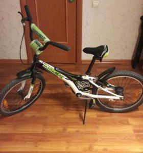 Велосипед TREK.