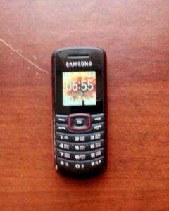 Телефон Самсунг е1080i
