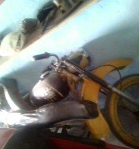 Продам 3 мотоцикла иж юпитера