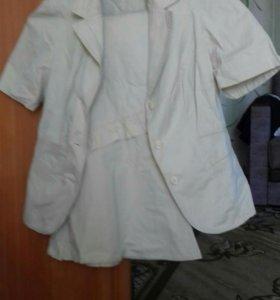 Костюм и рубашки