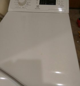 Продаю стиральную машину