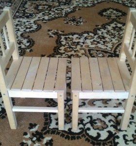 Детские стульчики 2 шт и столик
