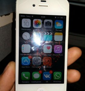 Продам iPhone 4s 8gb.