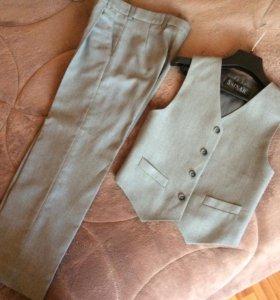 Жилет и брюки на мальчика