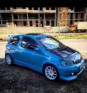 Toyota vitz rs 2001 год