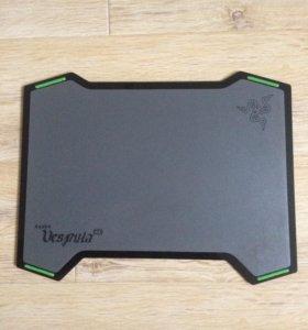Продам пластиковый игровой коврик Razer Vespula