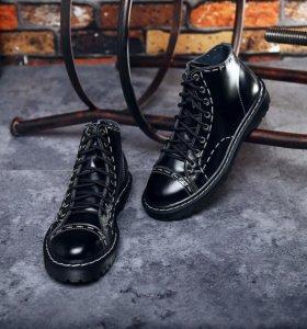 Новые кожанные ботинки