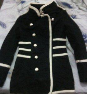 Срочно продам удобное пальто