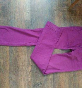 Фиолетовые джинсы